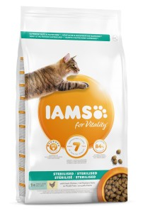 IAMS for Vitality Adult Light Sterilised Chicken 10kg